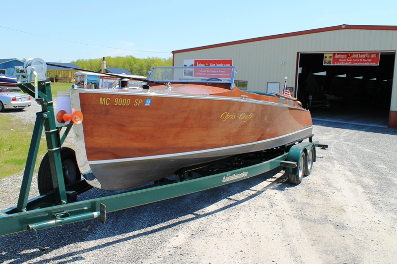 26 Feet 1930 Chris Craft Triple Cockpit Runabout Upswept