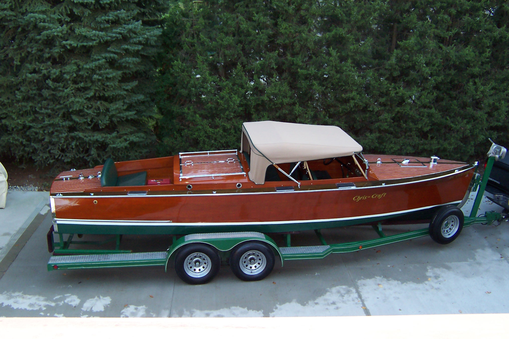 24 Feet 1929 Chris Craft Triple Cockpit Runabout